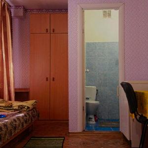 кімната на 3 особи з кондиціонером (2 корпус ліва сторона)